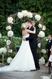 wedding altar ideas 20 amazing non traditional altars for an outdoor wedding