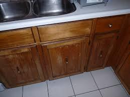 diy re varnished cabinet fronts dans le lakehouse
