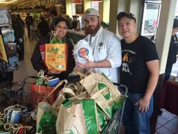 Whole Foods Market Thanksgiving Givingtuesday Whole Foods Market In Newtonville Donates
