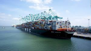 world u0027s largest container ship is too big for u s cnn video