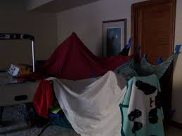 How To Build A Tent How To Build An Awesme Blanket Fort 7 Steps