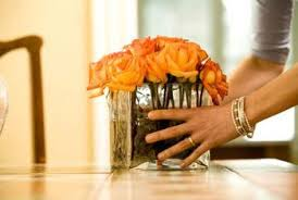 Arranging Roses In Vase How To Cut Roses For Square Vases Home Guides Sf Gate