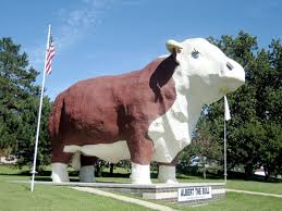 15 of the weirdest roadside attractions in america iowa