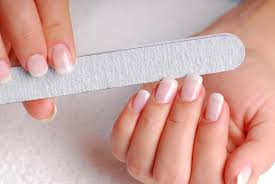 bella beauty college teaches the basics of healthy nails u0026 diy