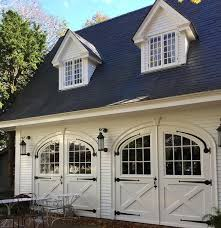 best 25 carriage house ideas on pinterest carriage house plans
