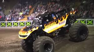 bigfoot monster truck youtube bigfoot freestyle monster truck destruction tour 2016 youtube