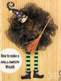 22 handmade ideas for spooky halloween wreaths amazing diy