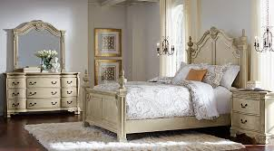 king poster bedroom set cortinella cream 5 pc king poster bedroom king bedroom sets light wood