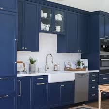 navy blue kitchen cabinet design 17 coastal kitchen decor ideas for a home