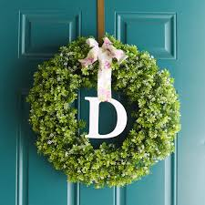 make a simple monogram wreath with the cricut explore air