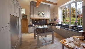 cuisine maison ancienne maison ancienne et moderne avec sejour contemporain salle manger