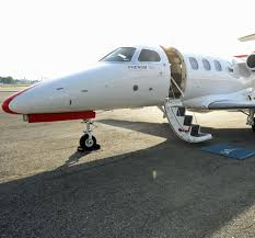 private jet charter and private yacht charter on a budget