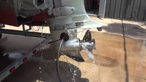 2005 honda four stroke 115 hp outboard motor on pontoon boats