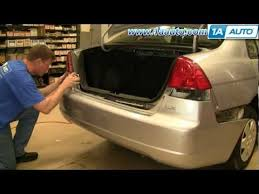 How To Replace Tail Light How To Install Replace Taillight And Bulb Honda Civic 01 05 1aauto