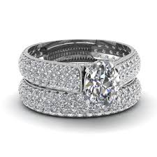 heart shaped diamond engagement rings platinum oval shaped pave white diamond wedding sets engagement