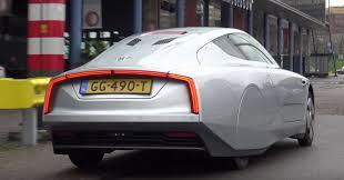 volkswagen xl1 volkswagen xl1 at car meet somehow makes sense autoevolution