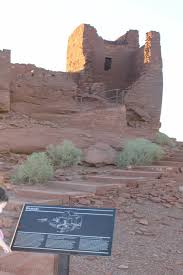visiting wukoki pueblo ruins arizona