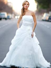 strapless wedding dress never out of date strapless wedding gowns fashion industry network