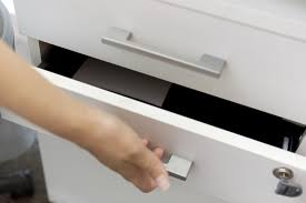 hon lateral file cabinet drawer removal how to remove a hon lateral file drawer articles merchantcircle