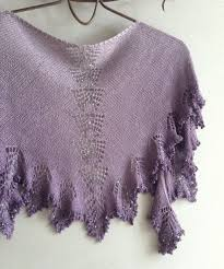 Beautiful Purple Motifs Gradient Yarn Titanium Flower