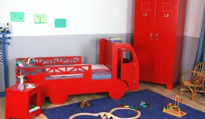 decoration chambre pompier beau idee deco chambre enfant garcon 4 quelle d233co avec un beau