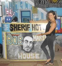 chambre bob marley porte de chambre colorée picture of bob marley house hostel