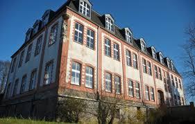 Haus Wasserburg Droht Die Schließung Rhein Zeitung Koblenz Meinung Gefragt Herschbach Will Senioren Ins Alte Kloster Holen