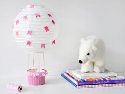 heißluftballon kinderzimmer diy heissluftballon für das kinderzimmer gastbeitrag fantasiewerk