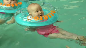 Baby Ring For Bathtub 7 On Your Side Puts Infant Neck Float Otteroo To The Test