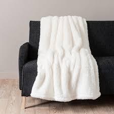 plaid blanc pour canap plaid boutis pour canap boutis plaid ou jet de canap tie and dye