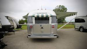 new 2018 airstream tommy bahama 27fb travel trailer 531927