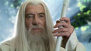 ian mckellen wants to play gandalf in lord of the rings tv