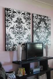 Amazing Damask Wall Decor Pictures Home Decorating Ideas - Damask bedroom ideas