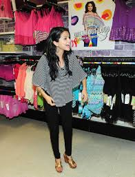 selena gomez candids at dream out loud clothes line at kmart