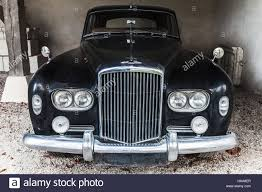 bentley door chenonceau france august 20 2016 old black bentley s3 saloon