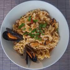 cuisine italienne pates pâtes haricots blancs et moules la cuisine italienne