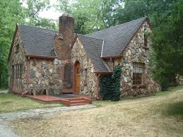 Cottage Houses Pin By Neilah Patch On Lugares Pinterest Stone Cottages Tudor