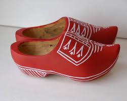 restlessrisa wooden shoes u0026 sinterklaas