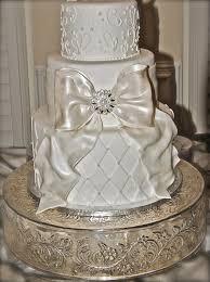 the good apple big bow wedding cake