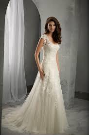 ivory lace wedding dress 170 best wedding dresses images on wedding dressses