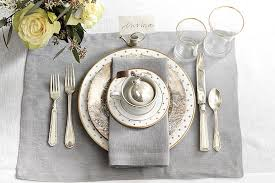 how many place settings place settings 15 holiday place setting ideas how to decorate