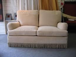 tapissier canapé réfection fauteuil canapé c chantreuil tapissier rennes