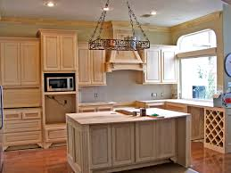 small kitchen paint colors with oak cabinets