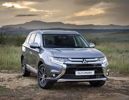 2017 white mitsubishi outlander mitsubishi outlander 2 4 gls exceed 4wd cvt 2017 review cars co za