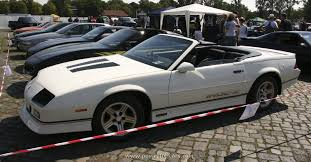 88 camaro iroc chevrolet 1988 camaro iroc z convertible the history of cars