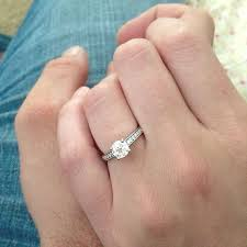 engage diamond ring to take a better engagement ring selfie bridalguide