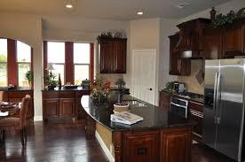 oversized kitchen island verdeubatuba bloomfield homes