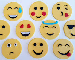 cookie emoji emojis full 20pc set cookie fondant cutter 5cm 7cm 10cm create