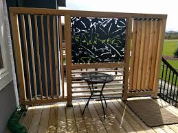 vertical and horizontal louvered privacy enhanced deck railing by
