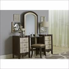 Cheap Vanities For Bedrooms Bedroom Makeup Furniture With Lights White Makeup Table With
